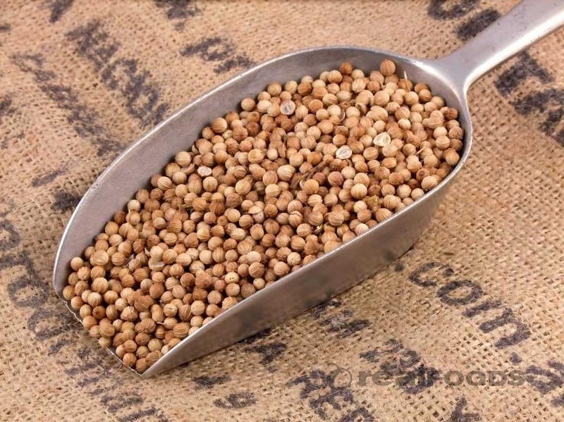 Whole Coriander Seeds from Real Foods Buy Bulk Wholesale ...