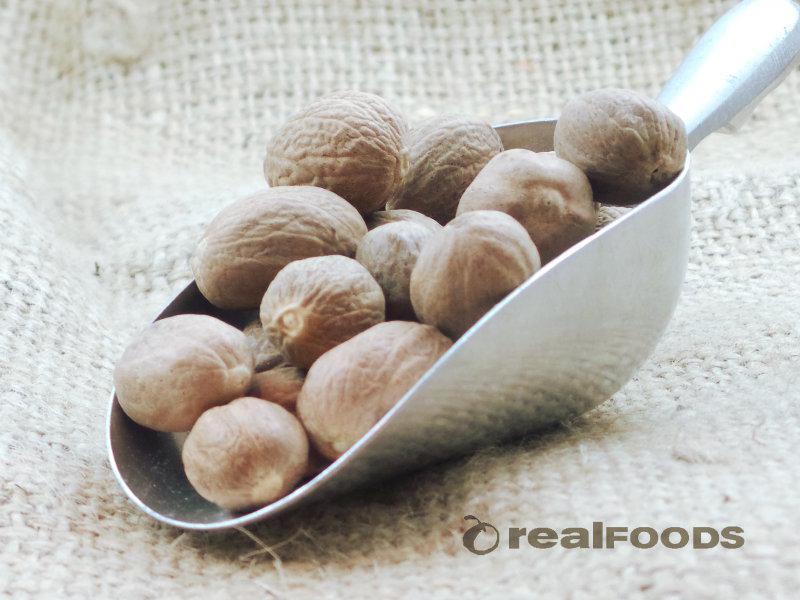 Nutmegs Whole