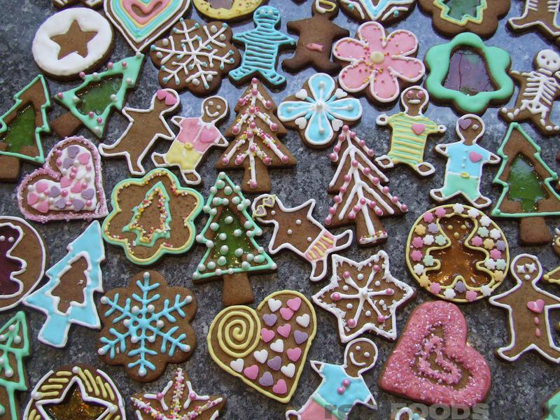 Gingerbread Christmas Decorations Recipe