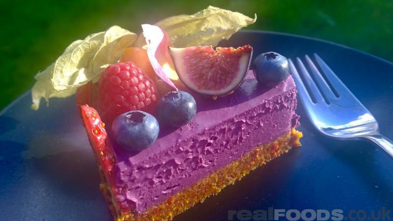 Raw vegan mixed berries cake recipe from real foods fruit topped raw vegan mixed berries cheesecake recipe forumfinder Images