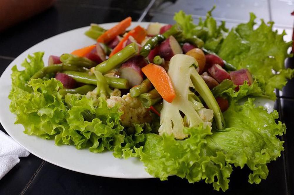 A lovely veggie platter