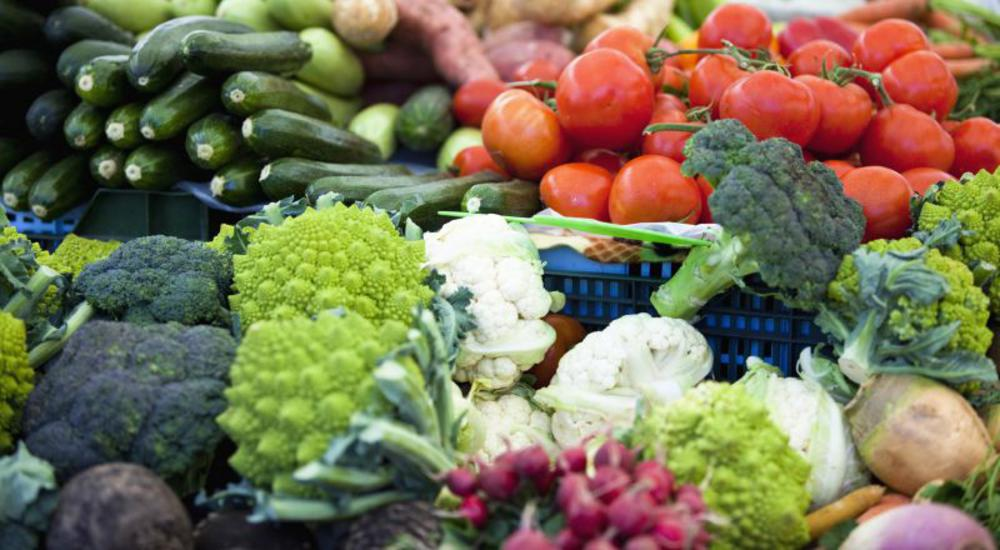 fresh vegetables a great source of nutrients to help fight menopausal symptoms